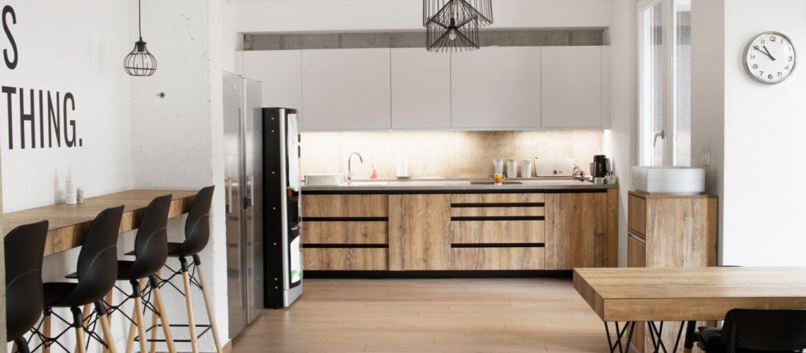 Αλλάξτε το χώρο σας με κουζίνες laminate & ανανεωθείτε